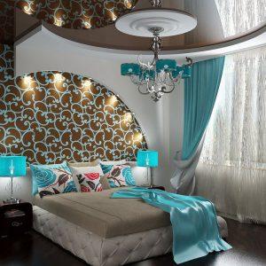 Многоуровневые натяжные потолки в спальне