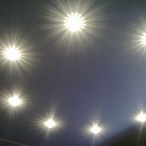 Матовые натяжные потолки и светодиодные светильники